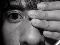 20080413192331-mano-sobre-los-ojos.jpg