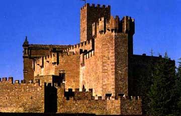 20090502165538-castillo-de-javier.jpg