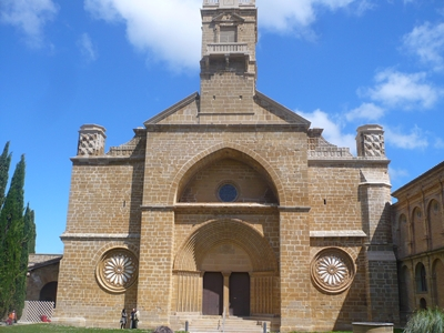 20090503115455-monasterio-de-la-oliva.jpg