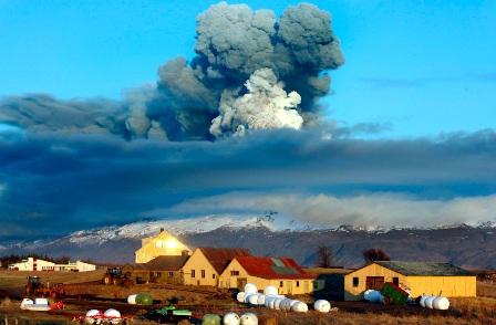 20100421224133-volcan-islandia.jpg