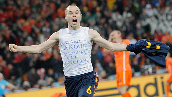 20100712001956-iniesta-celebra-el-gol-del-mundial.jpg