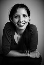 La poeta soriana, afincada en Zaragoza, Maribel Hernández del Rincón acaba de publicar el poemario Sonora en la editorial Eclipsados. - 20101214203109-maribel-hernandez