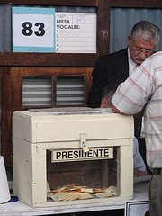 20061128143408-votaciones.jpg
