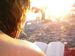 20070719123414-leer-en-la-playa.jpg