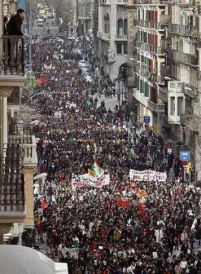 20080214180653-maestros-estudiantes-manifiestan-barcelona.jpg