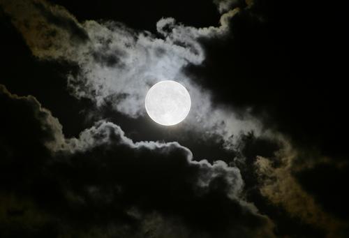 20110726151406-luna-llena.jpg