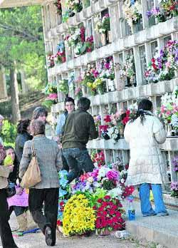 20111101205811-cementerio.jpg